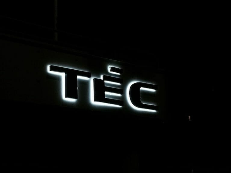 Lysskilt til TEC